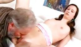 Watch on this sexy babe who is getting her vagina sucked off by old guy